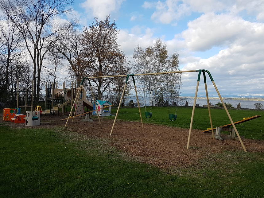 Playground in Essex langs de oevers van Lake Champlain