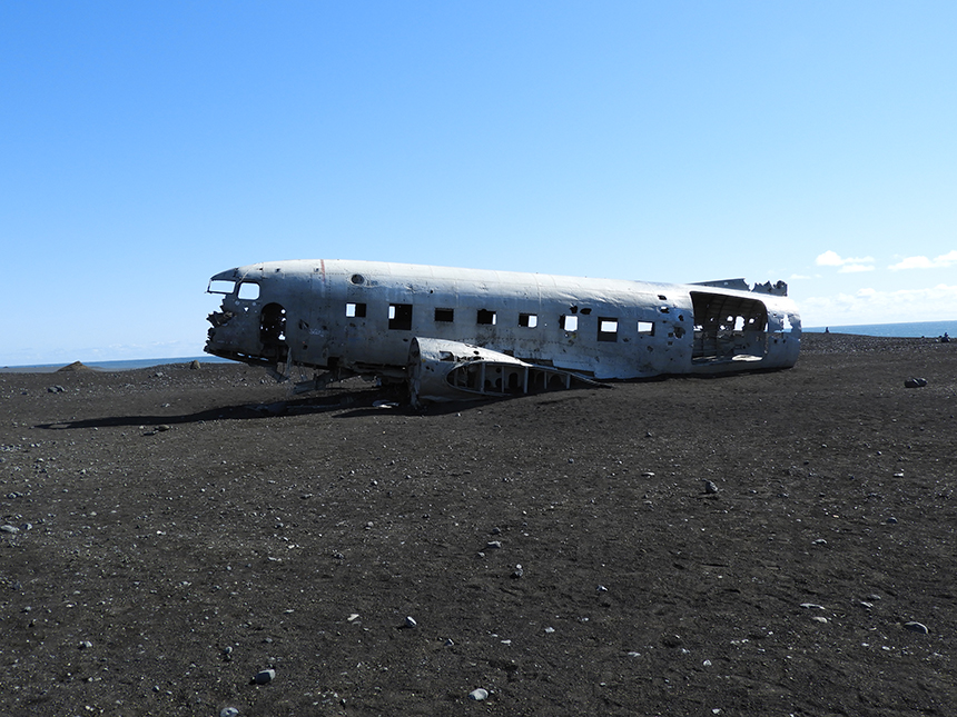 Black Sand beach aircraft