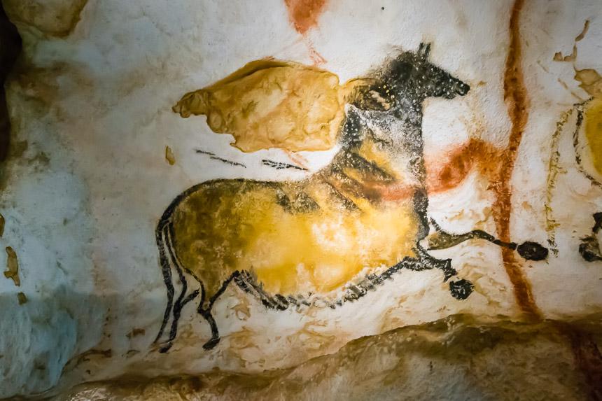 Paard in de grotten van Lascaux
