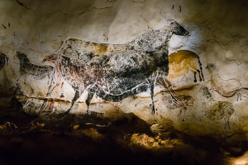 Tekeningen over elkaar in de grotten van Lascaux