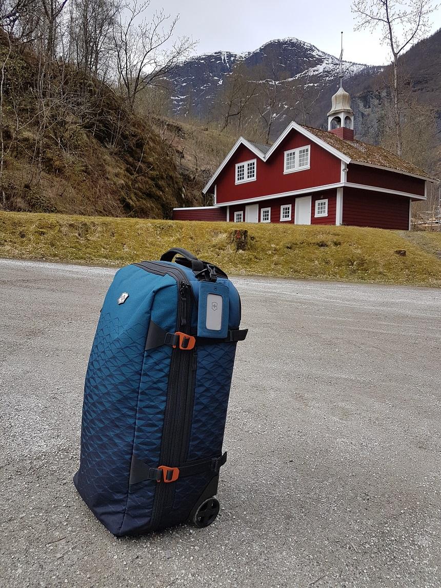Vx Touring expandable duffel