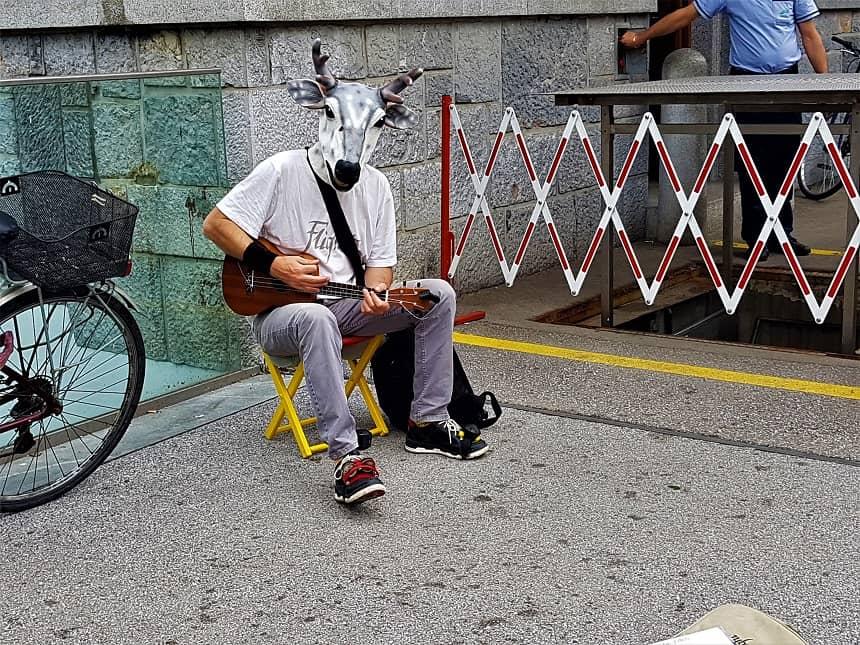 Straatartiest in Ljubljana