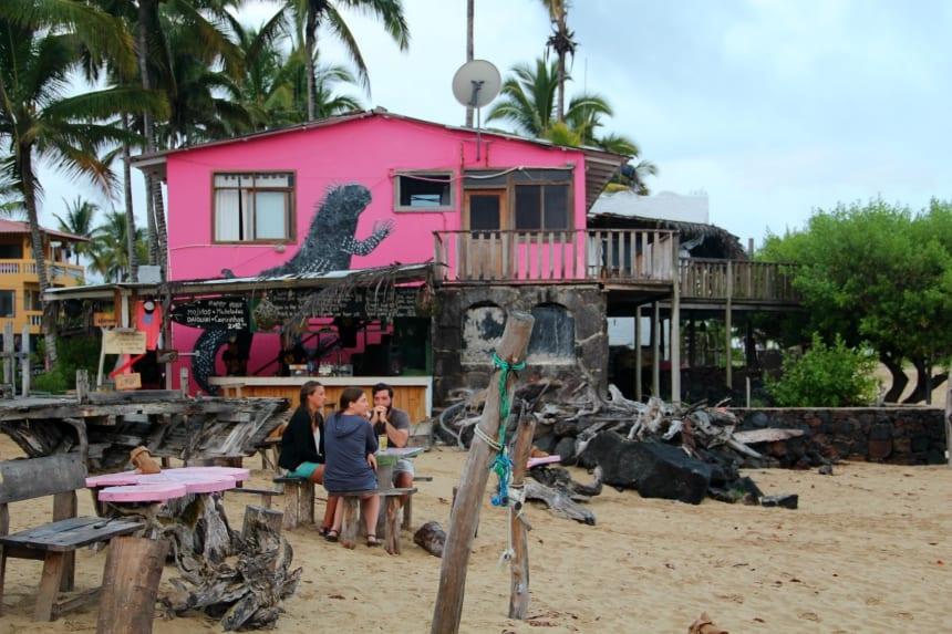 Strandrestaurant op Isla Isabela, een van de Galapagos eilanden