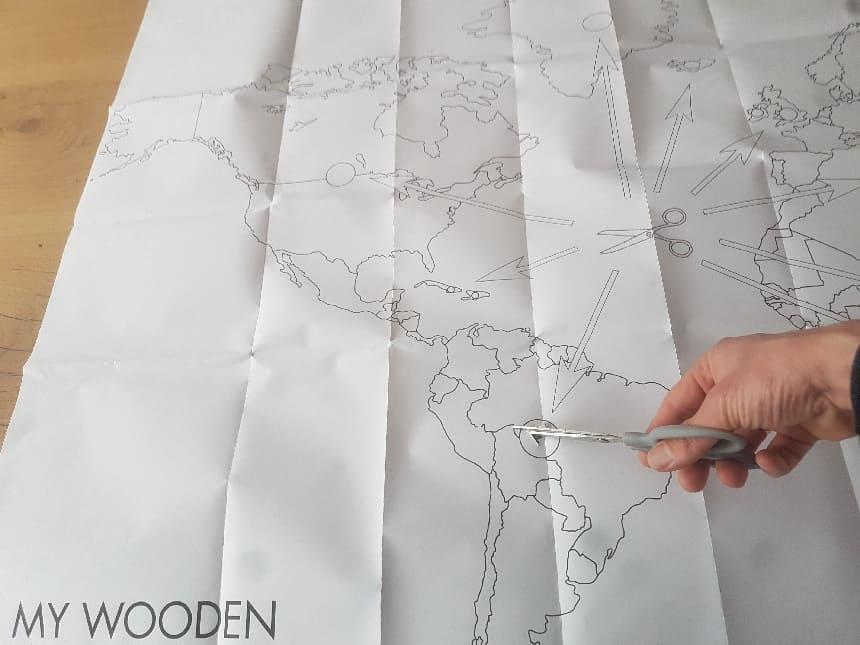 Snij of knip de gemarkeerde cirkels uit het papieren sjabloon