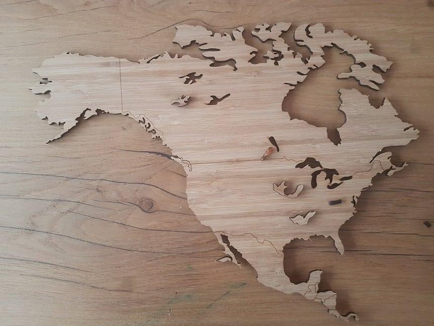 Druk jouw houtenwereldkaart uit de plaat.