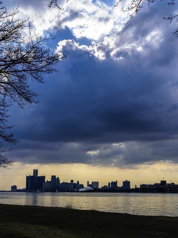 Skyline Detroit.