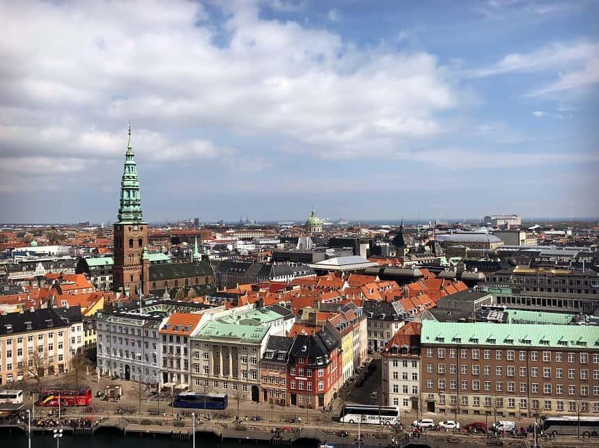 Gratis van het uitzicht over Kopenhagen genieten