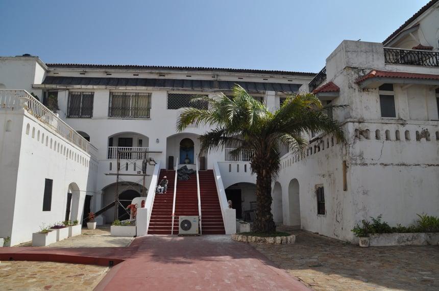 Osu Castle, tot enkele jaren geleden het woonverblijf van de Ghanese president.