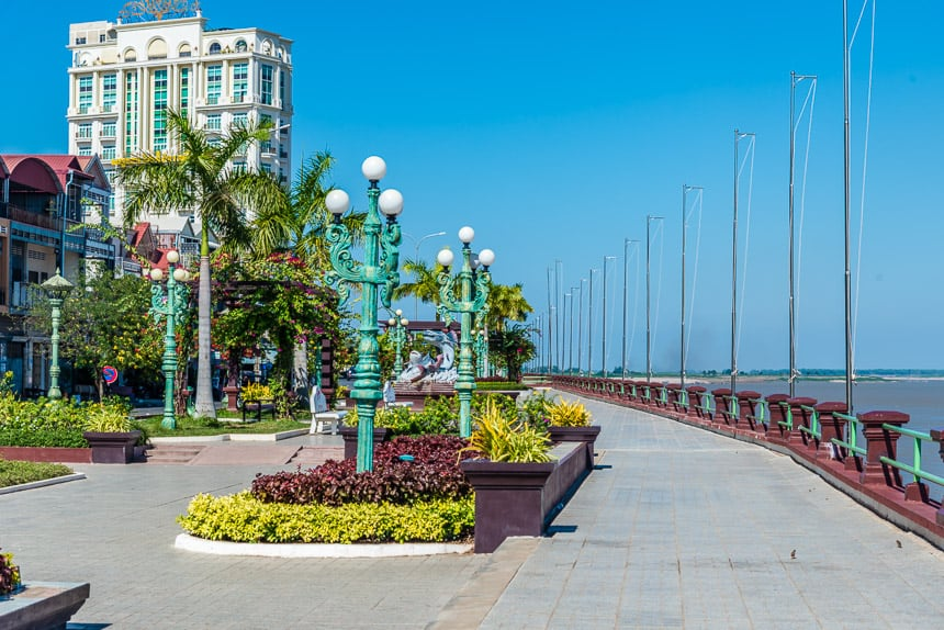 De Mekong boulevard in Kampong Cham