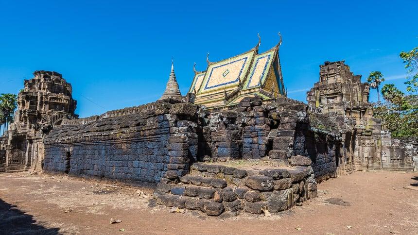 De ingebouwde tempel van Wat Nokor