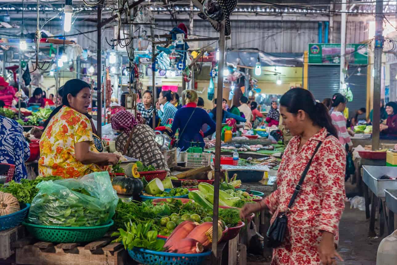 Overdekte markt in Kompong Cham