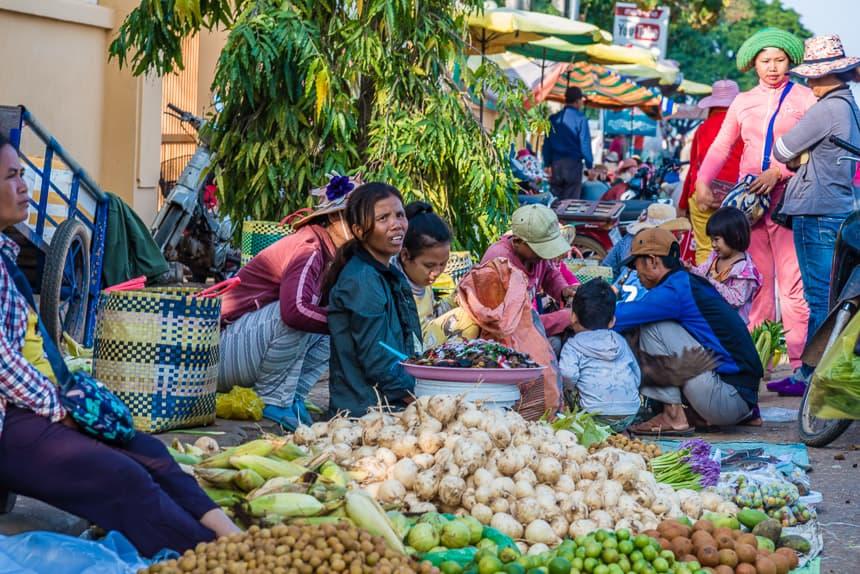 Marktje langs de Mekong