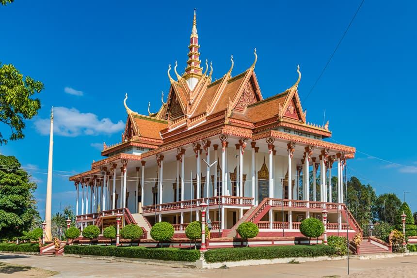 Wat Sorsor Moi Roi (de 100 pilaren tempel)