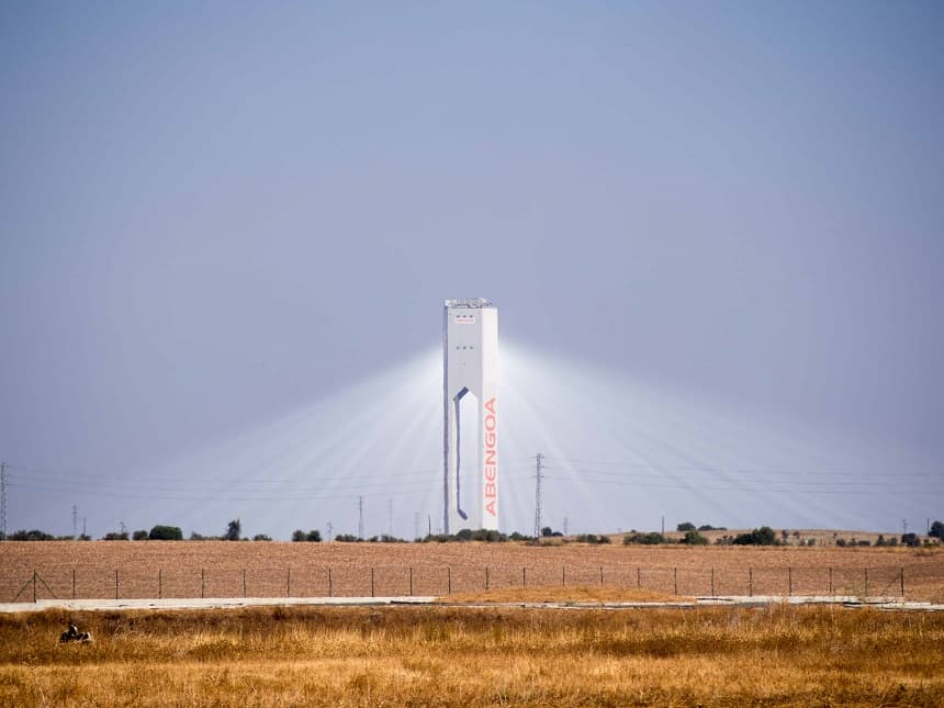 De Gemasolar-centrale wekt ook 's nachts zonne-energie op