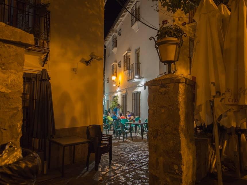 Idyllische hoekjes 's avonds in Grazalema