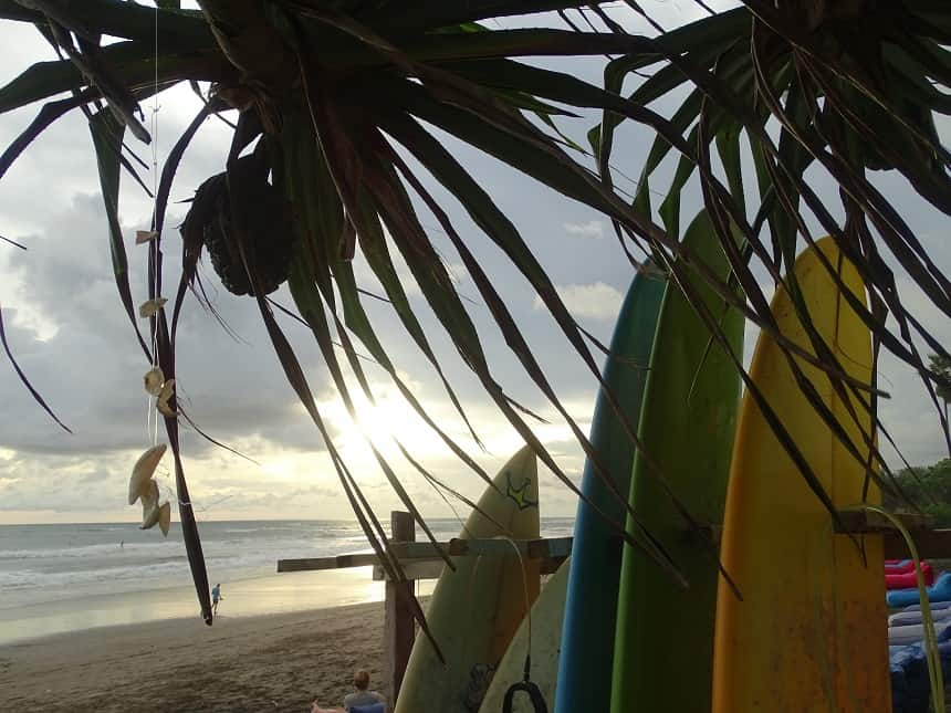 Surfen bij Canggu