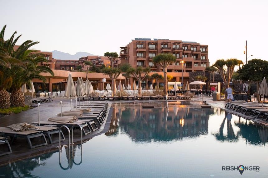 Ligbedjes op het Sandos Resort Tenerife