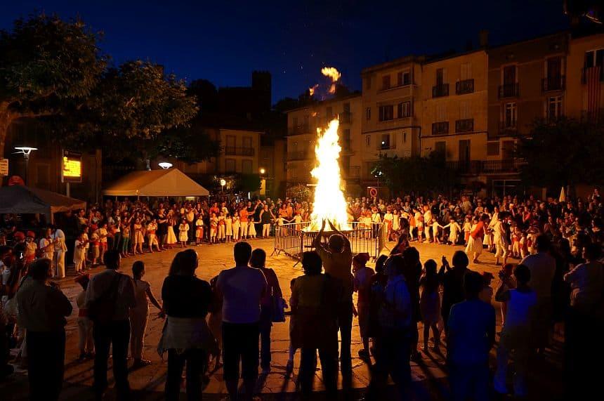 Vreugdevuur Sint-Jansfeest in Pyrénées-Orientales