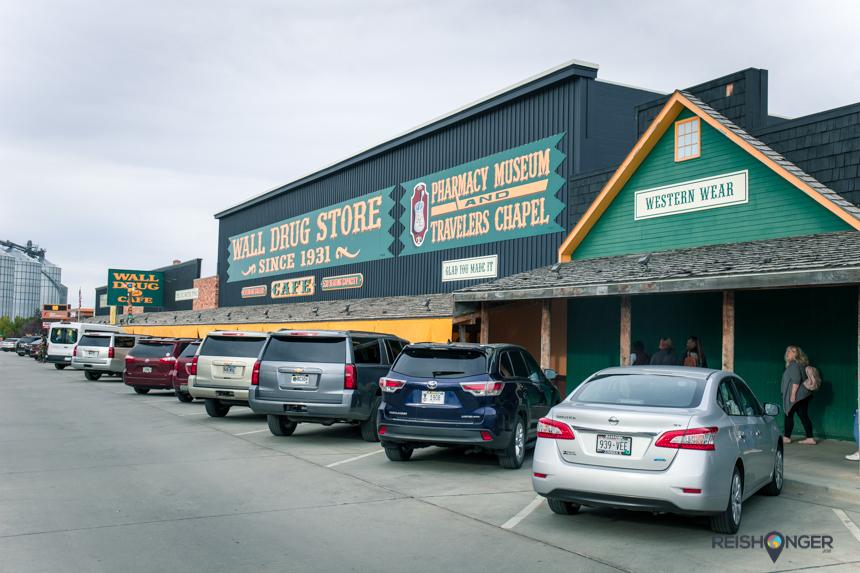De Wall Drug Store neemt een compleet blok in beslag