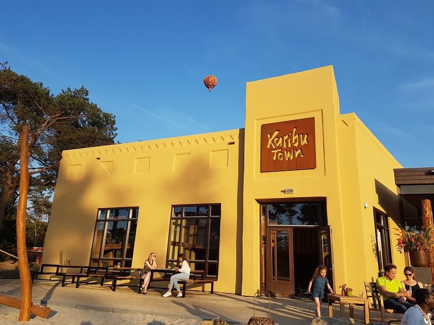 Karibu Town: het hart van het Safari Resort