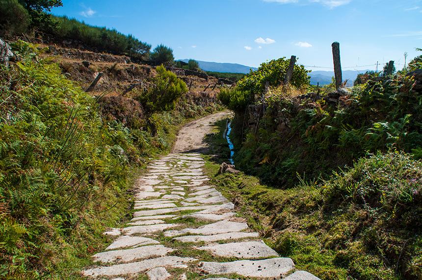 Stenen wandelpad in Peneda-Gerês