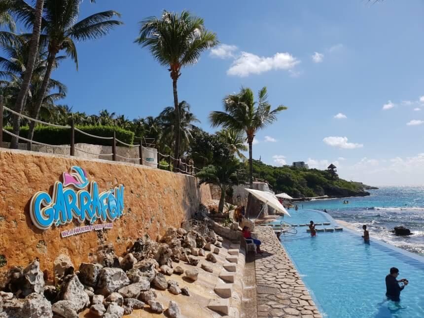Infinity Pool in Garrafon op Isla Mujeres