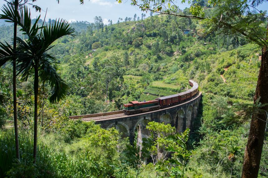Nine Arch Bridge bij Ella in Sri Lanka