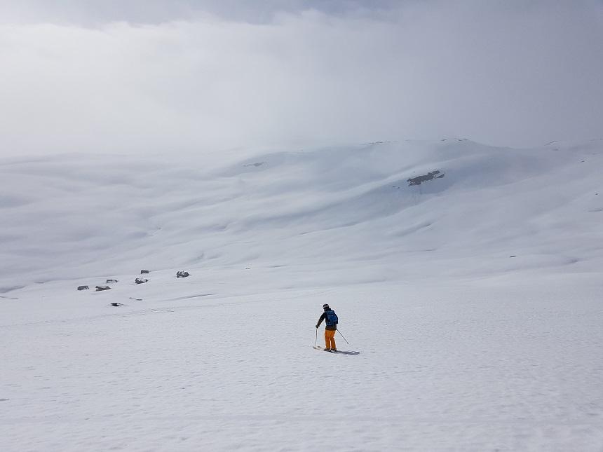 Off piste skien in het skigebied Myrkdalen