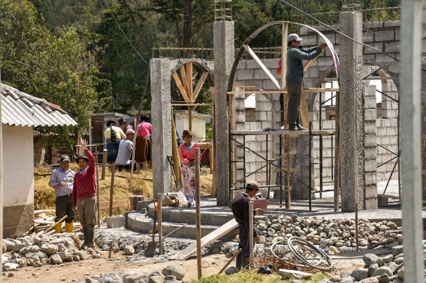 Quilotoa in Ecuador - een toeristenattractie in aanbouw
