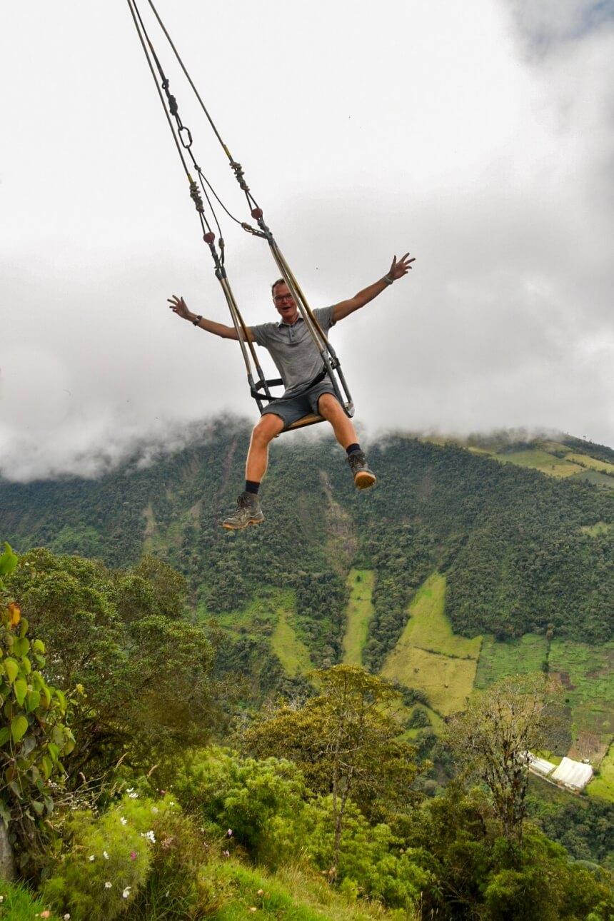 De beroemde schommel in Baños in Ecuador