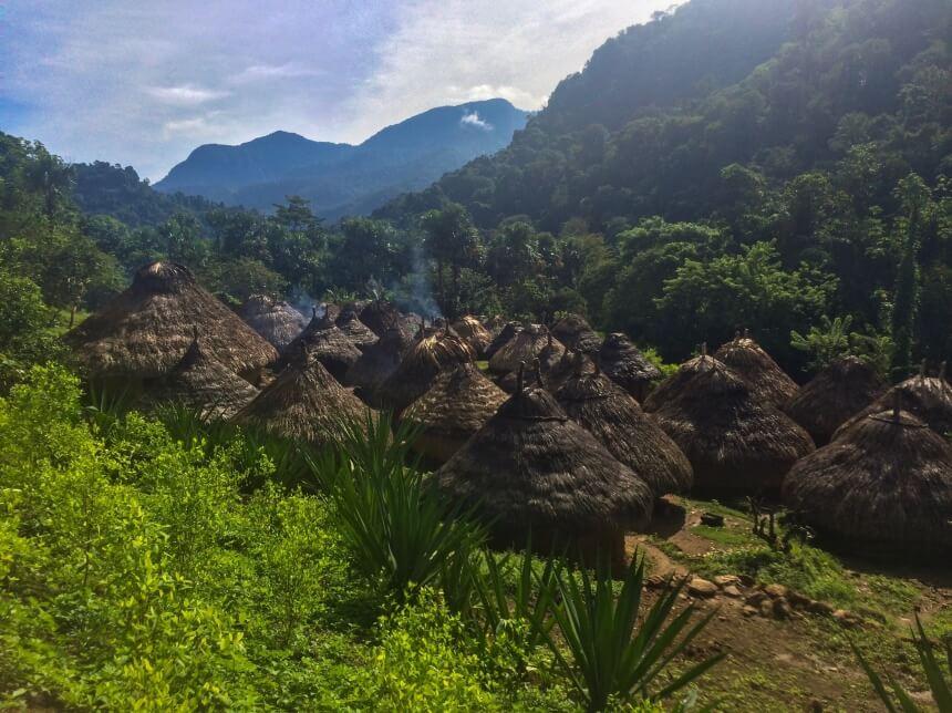 Dorpje van een inheemse stam in de jungle van Sierra Nevada Santa Marta