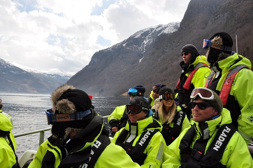 Speciale uitrusting in een RIB boot in Noorwegen