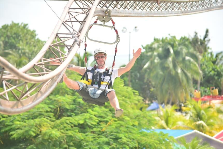 Zipline-coaster in Ventura Park in Mexico