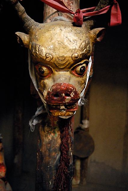 Beeld van een demon in Tibet