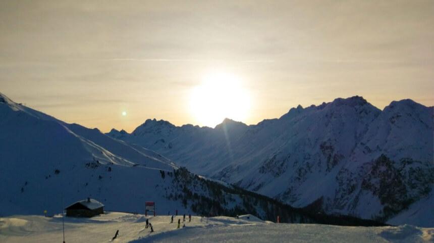 Ondergaande zon in Ischgl.