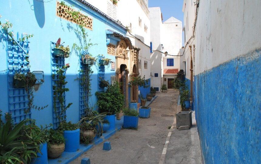 Steegje in Rabat in Marokko