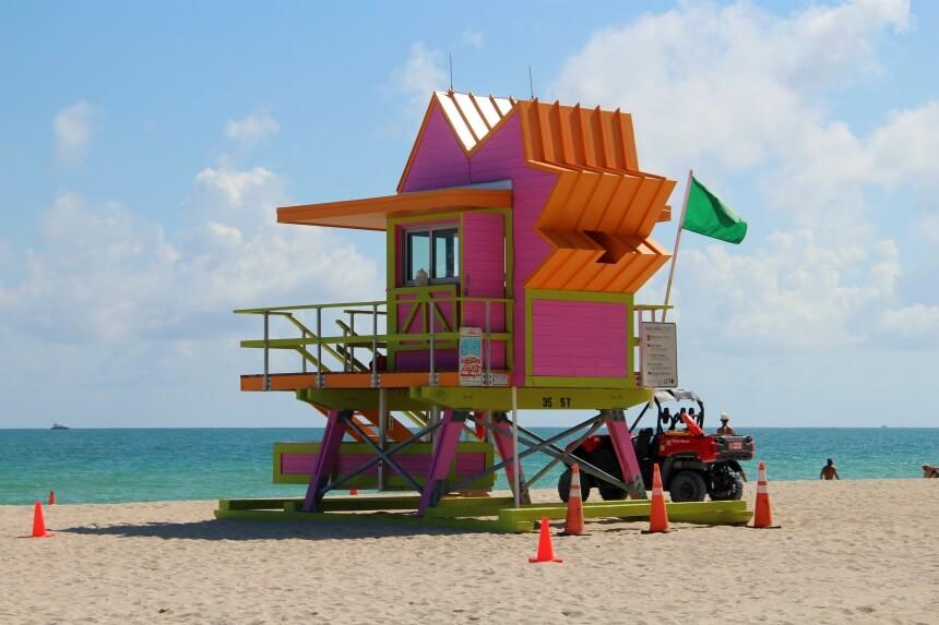 Vrolijke strandhuisjes spotten in Miami Beach