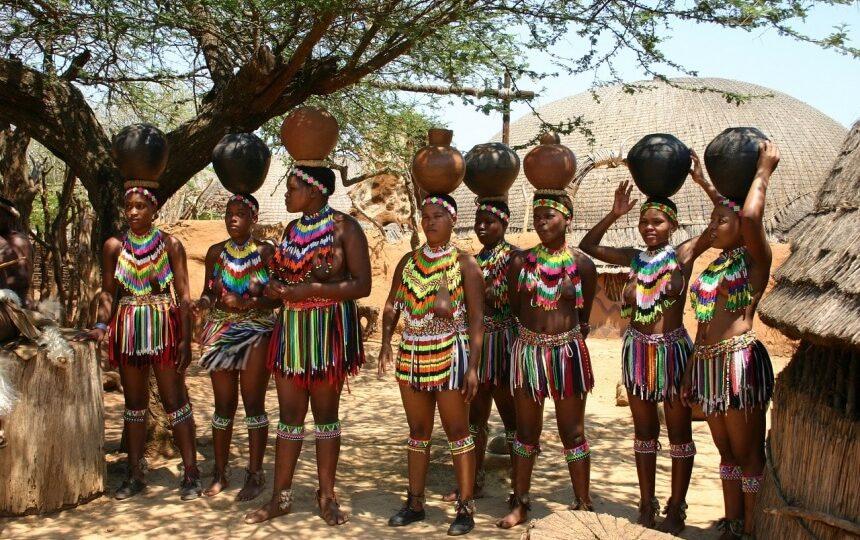 Locals in Swaziland in Zuid-Afrika