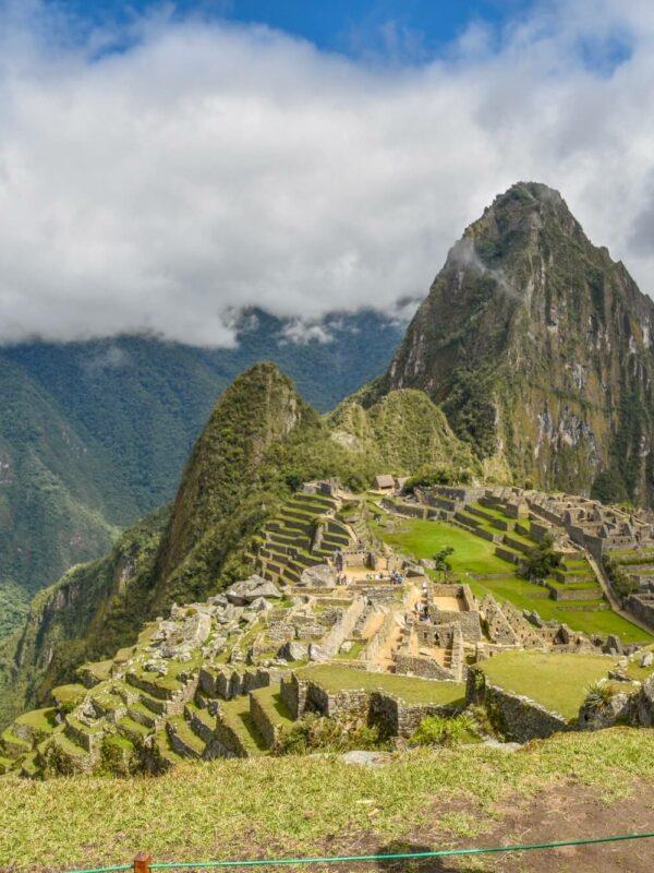 Uitzicht op Machu Picchu tijdens de Salkantay Trail in Peru
