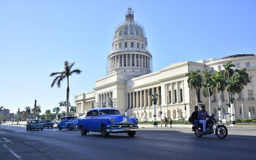 Oldtimers in Havana in Cuba