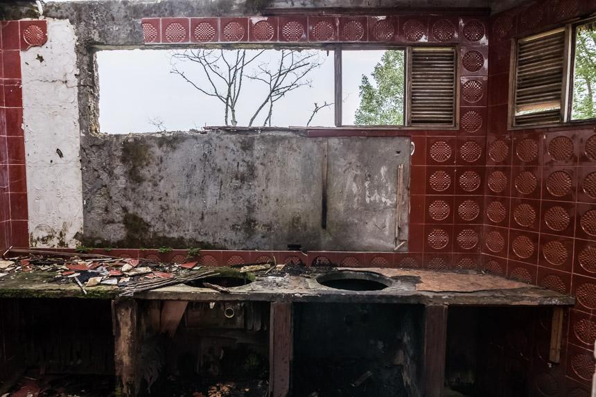 De keuken van de Hacienda van Carlos Lehder