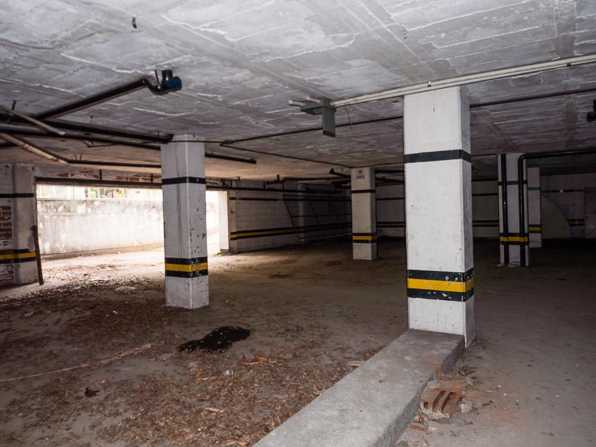 De parkeergarage van het Monaco gebouw van Pablo Escobar