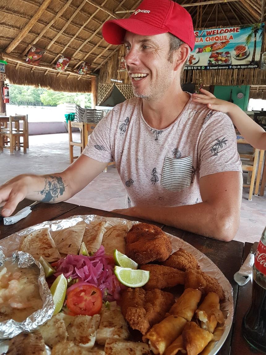 restaurant La Chiquila in Rio Lagartos Mexico