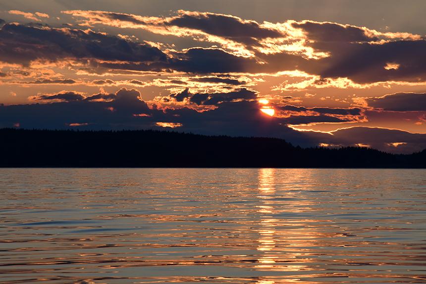 Prachtige zonsondergang bij Lund in Canada