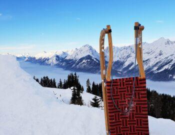 Sneeuwpret voor volwassenen: rodelen in Tirol