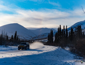 Avontuur op een winterse roadtrip in Yukon