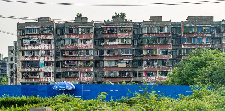 Betonnen flats in Weijianian Chengdu