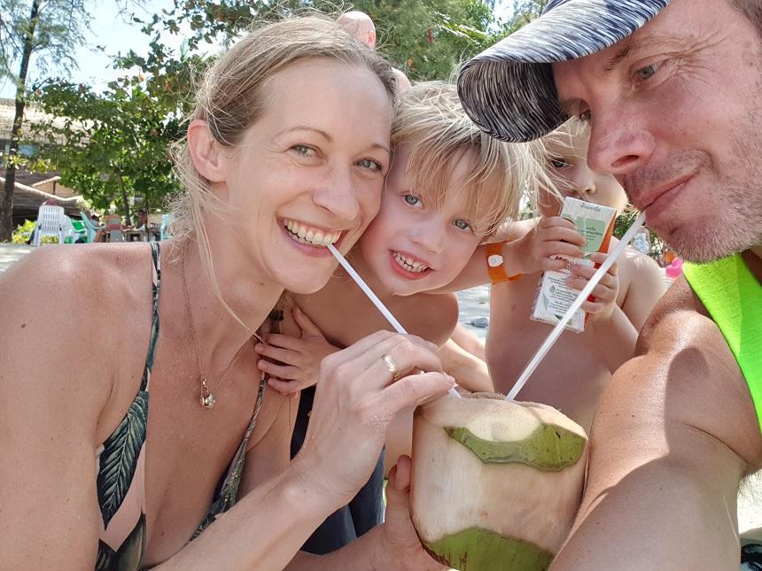 costa fortuna kokosnoot