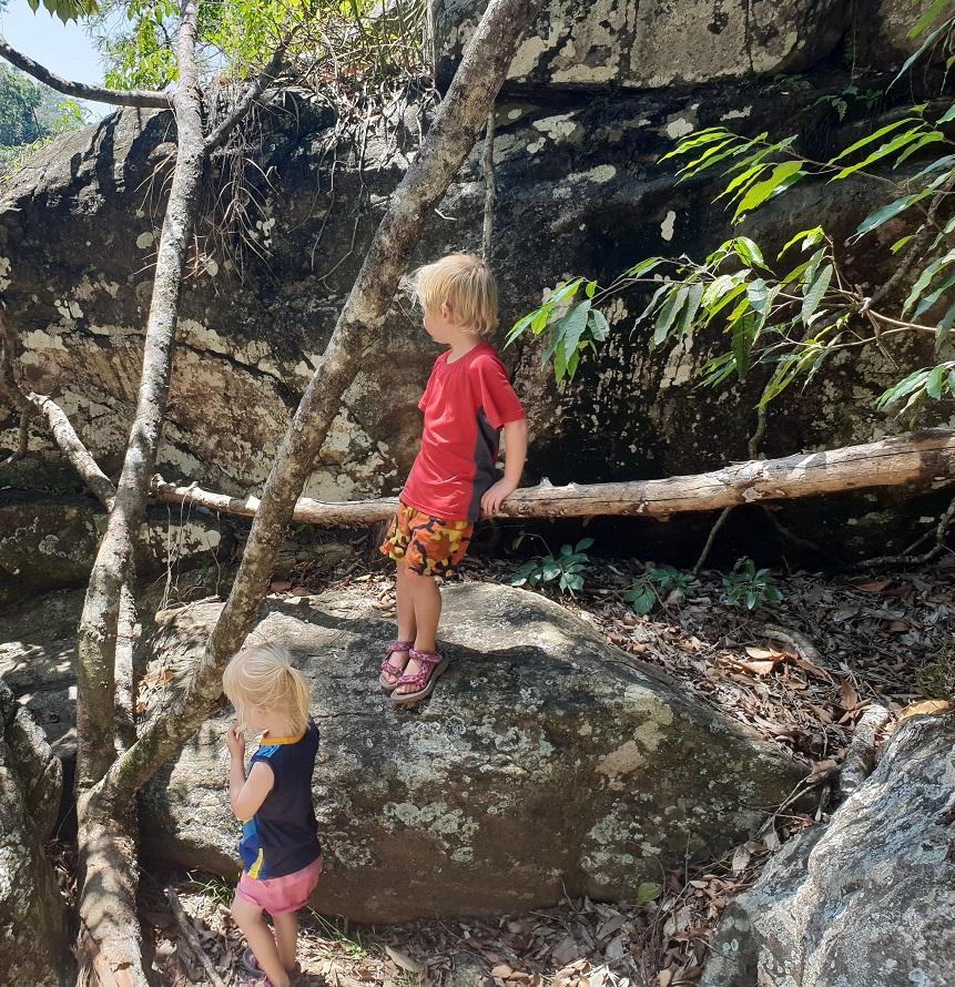 warakara-waterval hike met kinderen