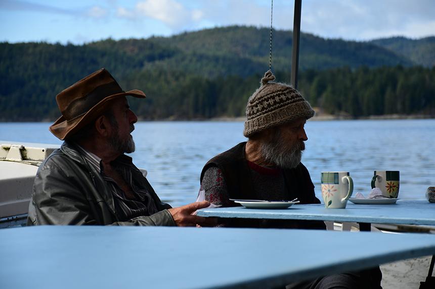 Locals in afwachting van post op Surge Narrows in Canada